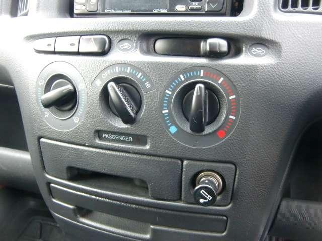 トヨタ サクシード 1.5 TX Gパッケージ 4WD