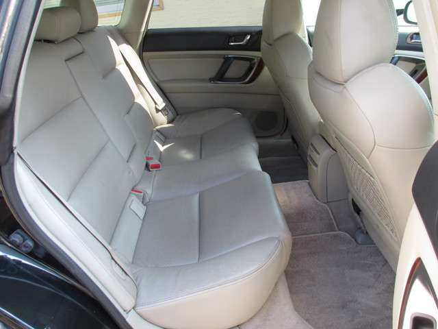 スバル レガシィツーリングワゴン 2.0 R 4WD キーレス CD/MD アルミ