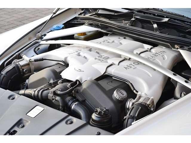 アストンマーティンV12ヴァンテージ5.9D車 6速MT カーボンブレーキ東京都の詳細画像その19