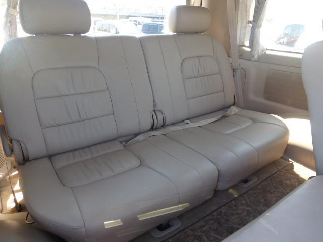 トヨタ ランドクルーザーシグナス 4.7 4WD 中古車在庫画像5
