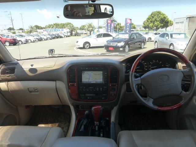 トヨタ ランドクルーザーシグナス 4.7 4WD 中古車在庫画像10