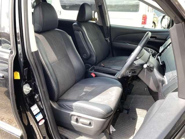 運転席パワーシート♪最適なドライビングポジションをお選びいただけます!