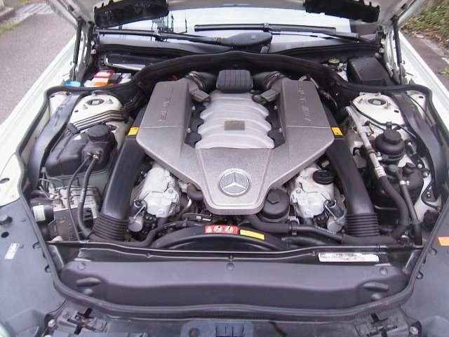 6.2リッターV8エンジン・525PS(カタログ値)!!タイベルもタイミングチェーンの為、交換不要です!!