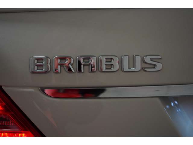 <整備履歴>全てBRABUS Japan正規整備工場にて行ってますR3/4、R2/12 54246KmR2/3、H31/3、30/7(ヤナセ)、30/4、29/4、28/12、27/10、27/4、26/7,25/4、24/6以上整備記録簿有ります