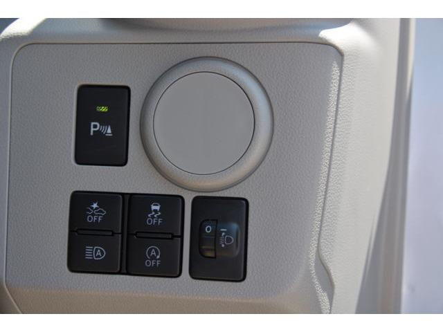 スマートアシストⅢ搭載!衝突警報機能、衝突回避支援ブレーキ機能、車線逸脱警報機能、誤発進抑制制御機能、先行車発進お知らせ機能、オートハイビームが付いて、万が一の場合の安全性がアップしました^^