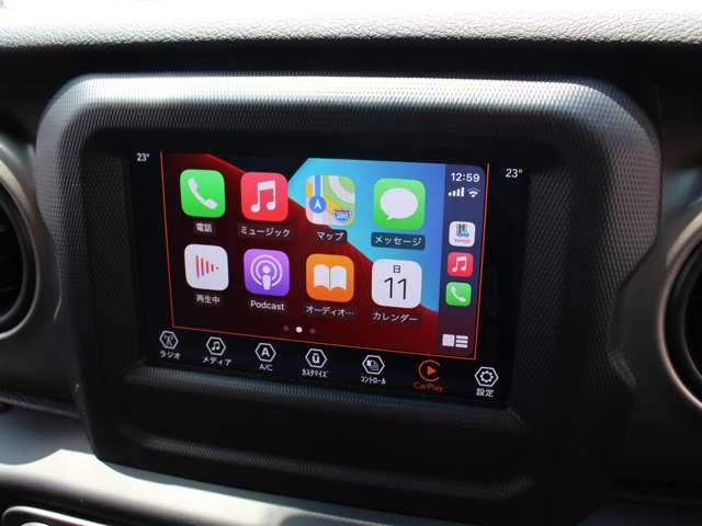 7インチタッチパネルモニターが完備されております。Apple CarPlayやAndroid Autoに対応しております。
