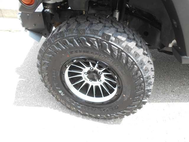 タイヤは新品ジオランダー35MT!ホイルはKMC-XDシリーズです!