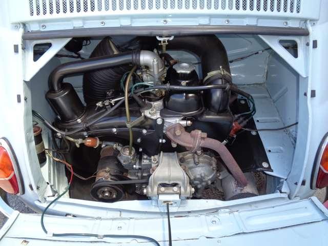 プリマ・セリエの特徴:リアに搭載された空冷2気筒のOHV479ccエンジン。
