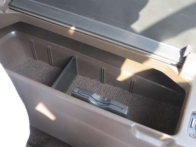 トヨタチェイサー2.0 アバンテフルノーマル・ビニール付白広島県の詳細画像その10