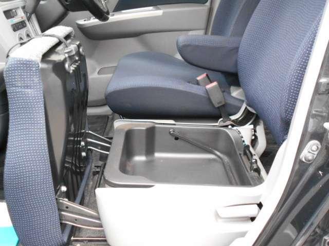 自動車保険は是非当社で!お客様にあったプランを設計致します!万が一事故の際もスムーズな対応をお約束致します。
