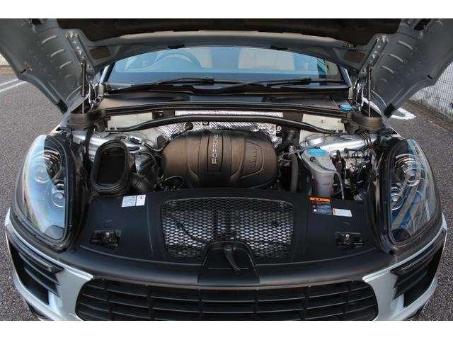 従来型からリファインされた2リッター直4ターボエンジン。15psと20Nmアップの252ps、370Nmを発生!