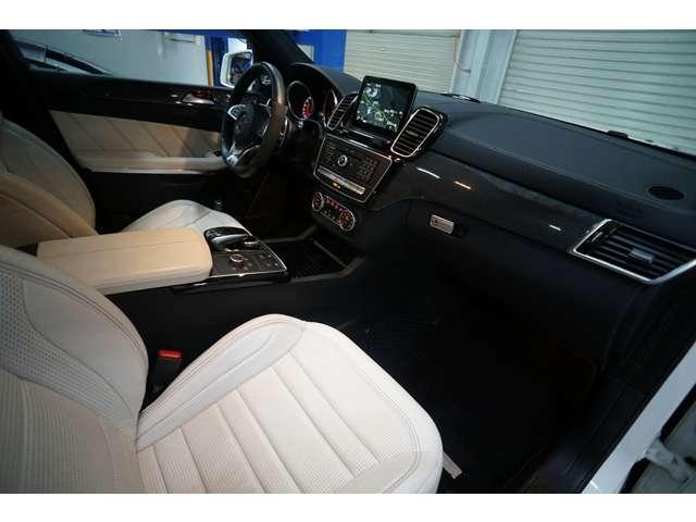 Bang&Olufsen BeoSound AMGサウンドシステム AMGカーボンインテリア