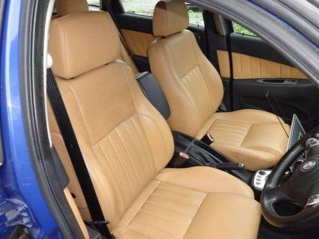 希少カラー・希少車・OZ17AW・キャメルレザー・ETC  OZの高級ラインホイール、新品タイヤは当店にて取り付けしました。