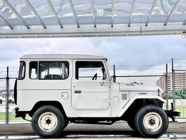 このお車は、当時のオリジナル車両です。マフラーは、NOx適合マフラー(特注品)となりますので、日本全国乗り入れ、名義変更可能な車両です。お客様のご要望に合わせてカスタム、レストア、ペイントなど可能です。