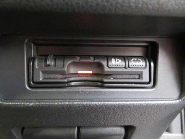日産 ジューク 1.5 15RX 80周年スペシャルカラーリミテッド 中古車在庫画像12