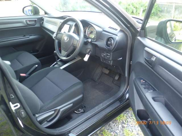トヨタ カローラフィールダー 1.5 X 中古車在庫画像12