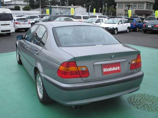 BMW 3シリーズ 320i 中古車在庫画像4