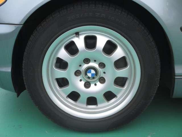 BMW 3シリーズ 320i 中古車在庫画像6