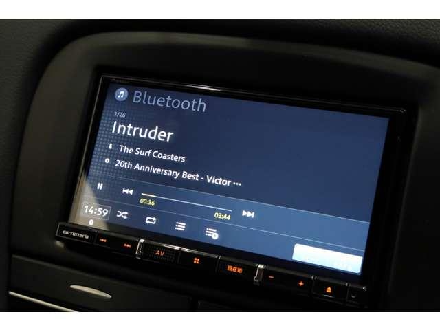 お持ちのスマートフォンをBluetooth接続して音楽を聞くことも出来ます!!