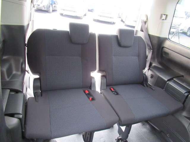 トヨタ ヴォクシー 2.0 X ウェルキャブ スロープタイプI 車いす2脚仕様車 中古車在庫画像11