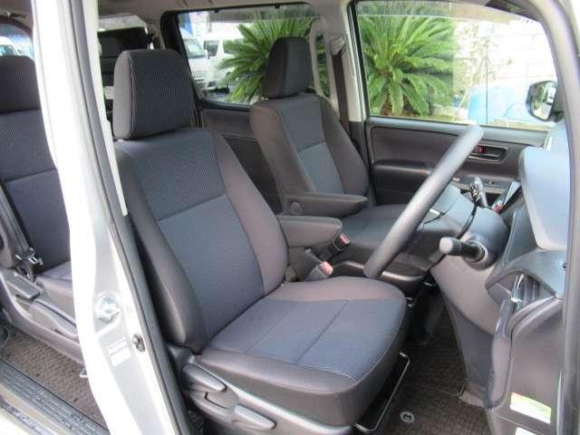 トヨタ ヴォクシー 2.0 X ウェルキャブ スロープタイプI 車いす2脚仕様車 中古車在庫画像12