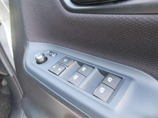 トヨタ ヴォクシー 2.0 X ウェルキャブ スロープタイプI 車いす2脚仕様車 中古車在庫画像16