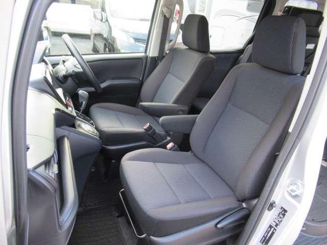 トヨタ ヴォクシー 2.0 X ウェルキャブ スロープタイプI 車いす2脚仕様車 中古車在庫画像4