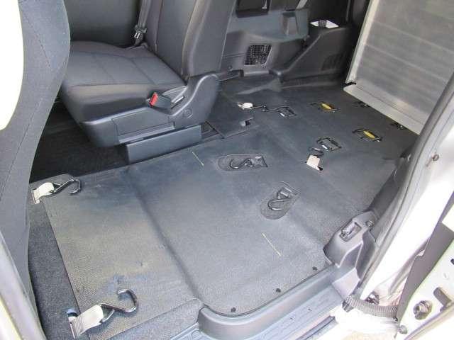 トヨタ ヴォクシー 2.0 X ウェルキャブ スロープタイプI 車いす2脚仕様車 中古車在庫画像5