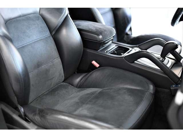 助手席のシートもご覧の通り張りがあって奇麗なコンディションが保たれております。
