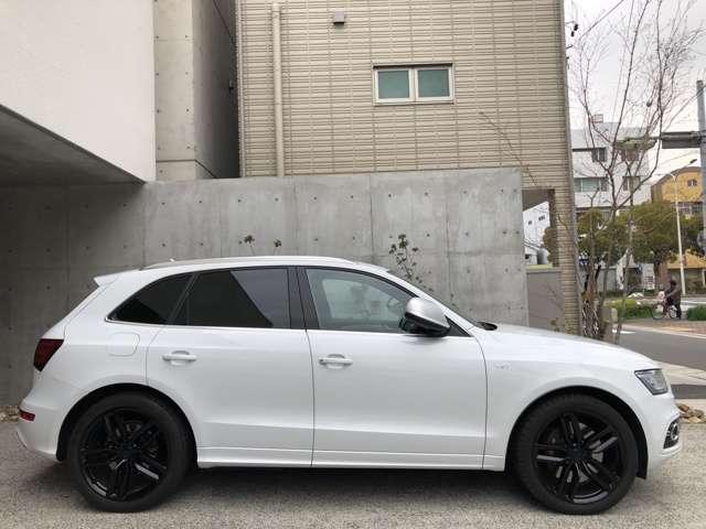 アウディSQ53.0 4WD OP21インチAWコンビレザーシート 禁煙車 修復歴無愛知県の詳細画像その4