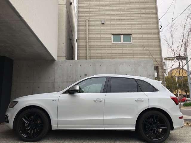 アウディSQ53.0 4WD OP21インチAWコンビレザーシート 禁煙車 修復歴無愛知県の詳細画像その5