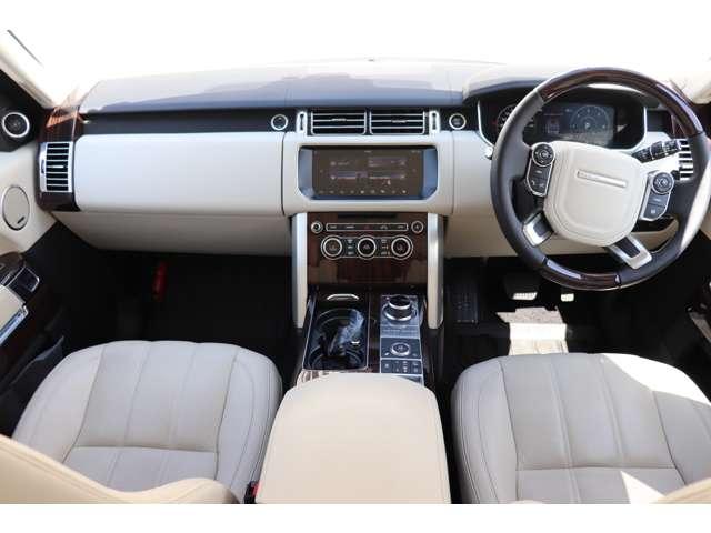 運転席、助手席エアバッグ、カーテンエアバッグ、サイドエアバッグ標準装備!全ての方向を守ります!万が一の時も安全です。