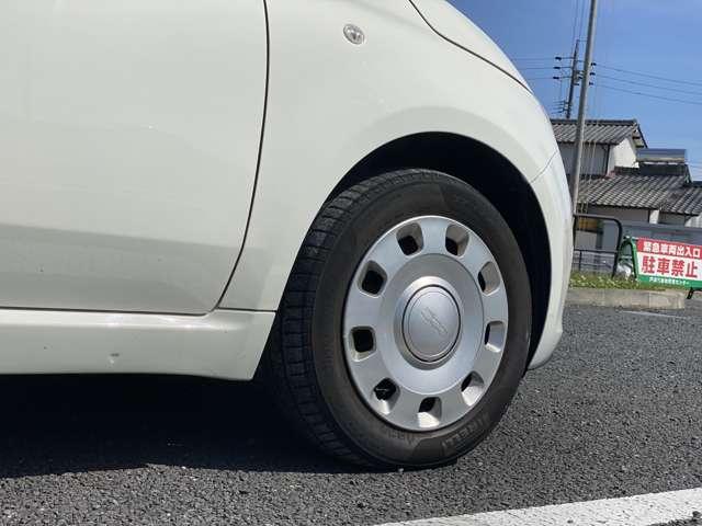 当店では、源泉中古車を常時展示中です。また、お客様に合ったお車を全国からお探しする事も可能です!ぜひ、一度ご相談ください。