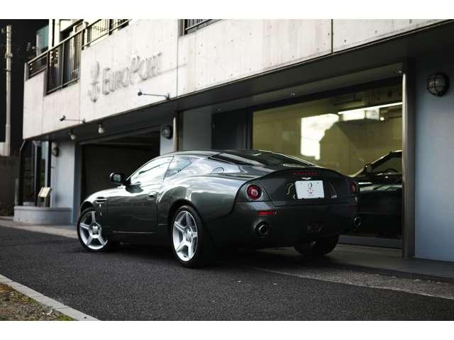 Aston Martin DB7 Zagato 世界限定99台(008/099)  DB7をベースに99台のみ製造されたモデルです。