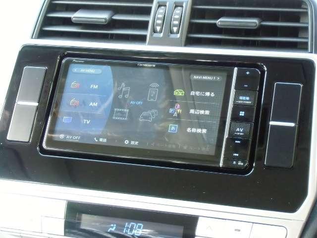 ★地デジワイドナビ、CD録音可能、DVD、SD他各メディア再生OK、Bluetooth、iPod&iPhone対応、機能満載のセンターユニットを搭載★その他にナビオプションやグレードアップも可能です★