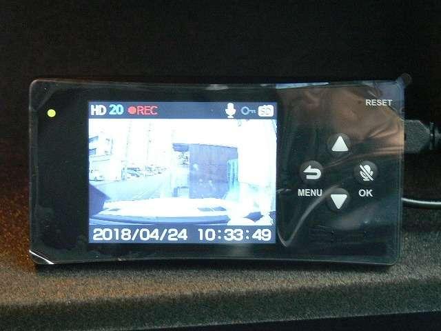 ドライブレコーダー&スピードレーダー探知機も装着済みですので安心です!!