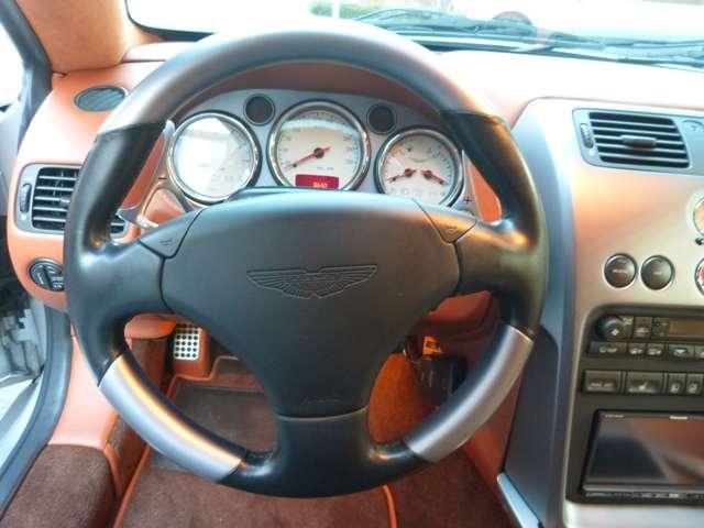 アストンマーティンV12ヴァンキッシュ5.9Sリップスポイラーディーラー車DTVナビ記録東京都の詳細画像その16