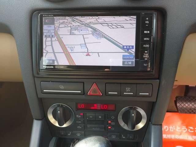 ナビ・TV・DVD・Bluetooth・ミュージックサーバーなど充実した機能が整ってます。