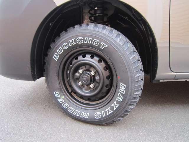マキシス バックショットマッダー新品タイヤ 純正タイヤホイールございます。4センチリフトアップ