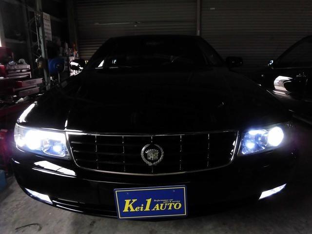 オリジナル車のキャデラックに、あえての・・・新品HIDヘッドライト&各新品LEDを装着致しました!現在の良い物を取り入れ、当時の良い物残した・・・オリジナル車を是非とも、ご堪能下さいませ♪♪♪