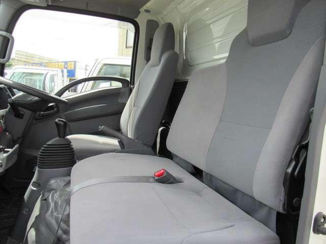 いすゞ エルフ 冷凍バン 2トンロング 4WD 中古車在庫画像20