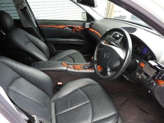 メルセデス・ベンツ Eクラスワゴン E240 中古車在庫画像13