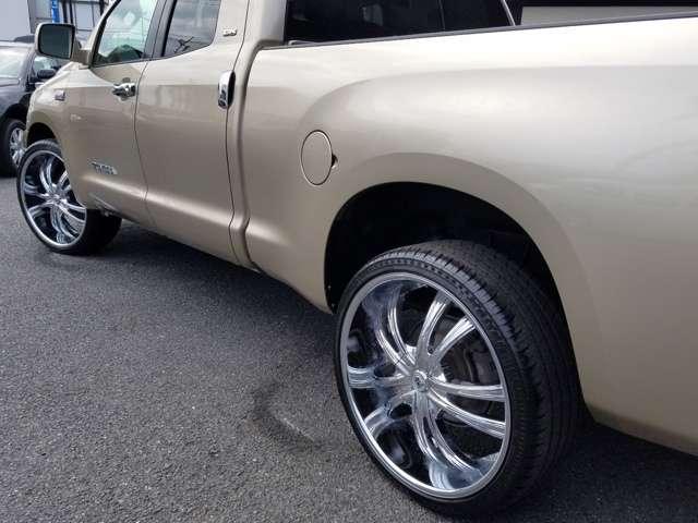 米国トヨタ タンドラ ダブルキャブ SR5 5.7 V8 中古車在庫画像8