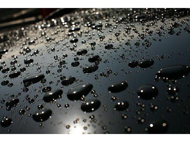 1年間ワックス不要の強力撥水ガラスコ-ティング