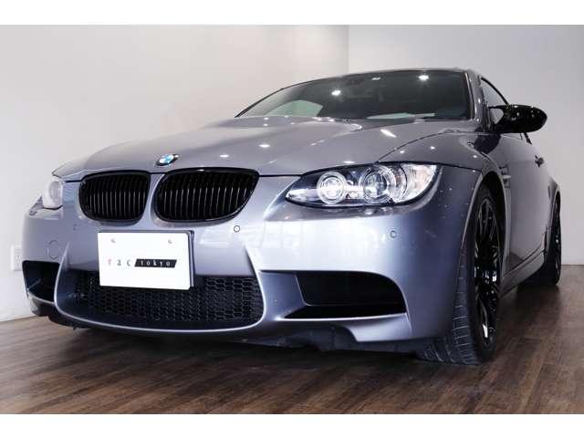 正規ディーラー車 2009年モデル BMW M3クーペ  右ハンドル スペースグレーメタリック/パラジウムシルバーレザー