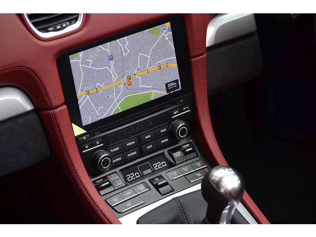 オートエアコン、シートヒーターがオプション装備されており、快適なドライブをお楽しみ頂けます。