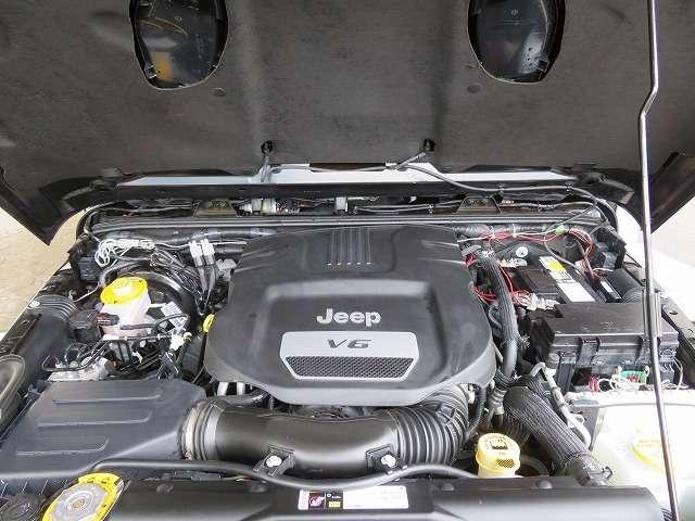 3,600cc高性能エンジン
