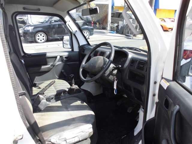 スズキ キャリイ 660 KCエアコン・パワステ 3方開 4WD 中古車在庫画像9
