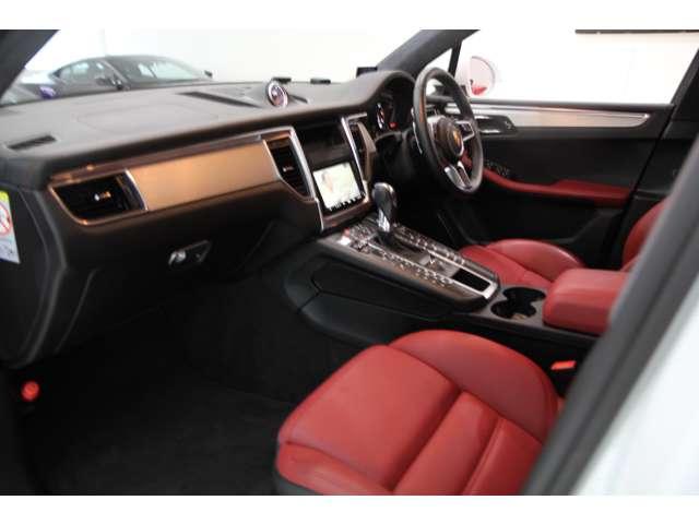 車内空間も広々としておりますので快適にドライブできます。
