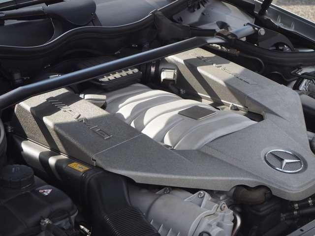 AMGCLKクラスブラックシリーズ新車並行ワンオーナー兵庫県の詳細画像その11